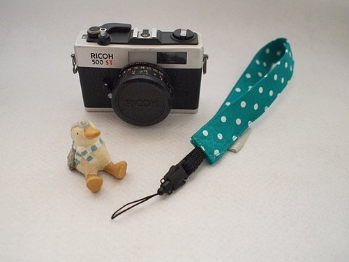 hairmo. Blue-green dot (Japan) hole camera strap / phone with / ID band (single hole)