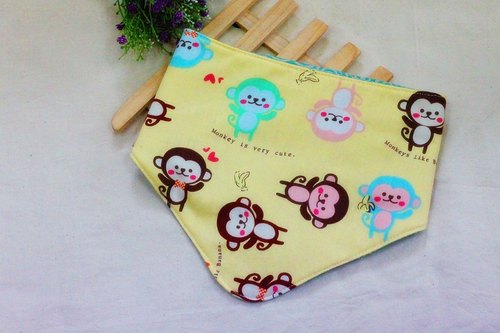 Little Monkey triangle scarf / bibs