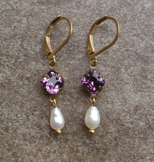 Antique purple Swarovski drop pearl earrings