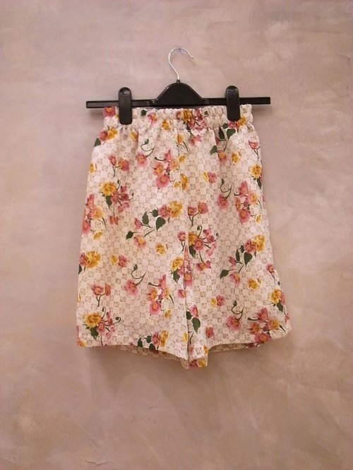 Special Check-realistic flowers vintage printed chiffon skirt shorts