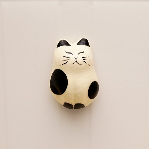 And paper cat magnet station cows (white cat) Japanese design Polaroid good partner Valentine's Day gift