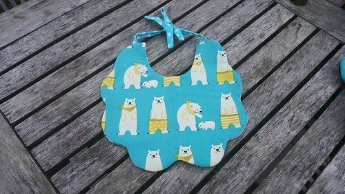 Great polar bear baby bibs twists