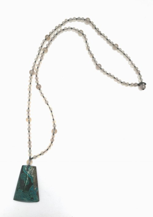 N0247 - natural stones - malachite / agate necklace
