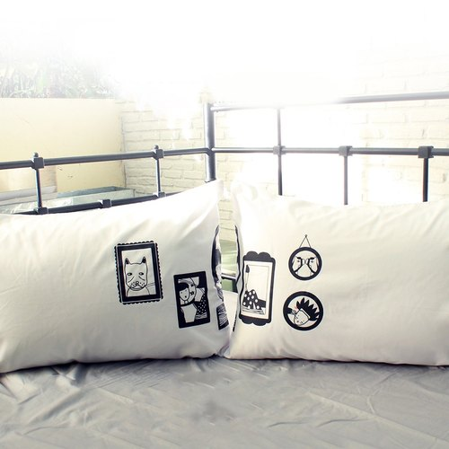 """Picture Frame"" DeeJai couple pillowcases by Human Touch"