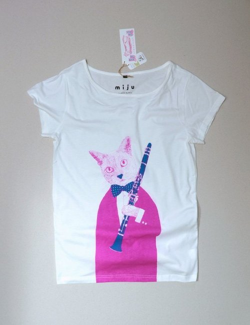 Cat Clarinet T-shirt (pink + blue and green)