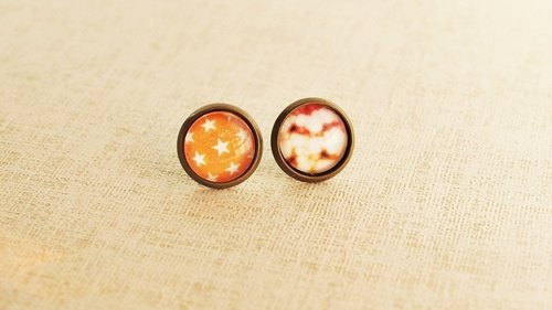 ♥ gift ♥ OldNew Lady- bronze small round earrings [speck of cloud - vibrant orange]