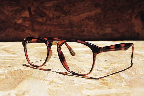 Taiwan's production of amber old metal square frame glasses retro vintage - dislocation vintage -