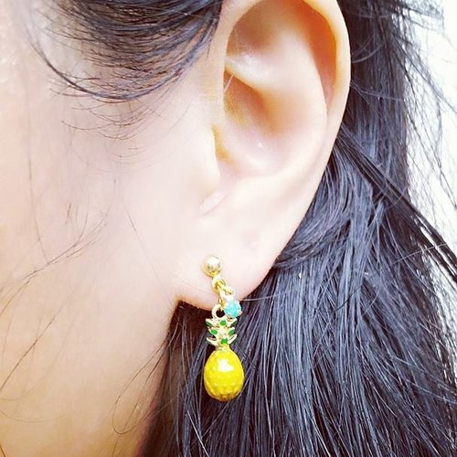 Pineapple earrings] [Lost and find simple fruit-based girl on ear / ear clip