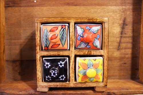 Fourfold ceramic small wooden cabinet