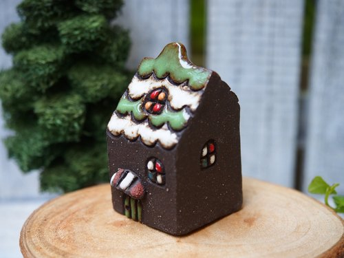 [Rainbow Village Rainbow Village] - super cute hand-made pottery dark chocolate + green tea houses