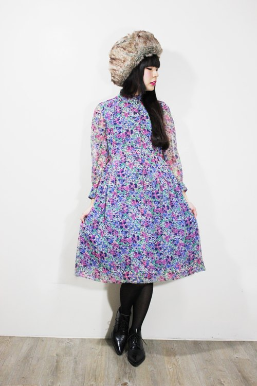 F601 (Vintage) dark blue background pink flowers blue long-sleeved dress {vintage}