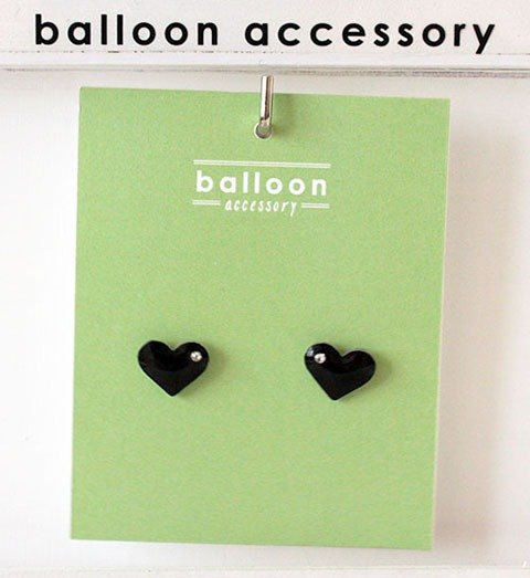 Heart Earrings (Black)