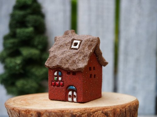 [Happy Village Happy Village] - super cute hand-made pottery fairy tale cottage