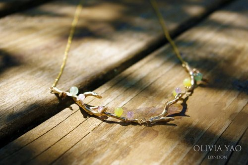 Colored gemstone necklace branch LAURIER