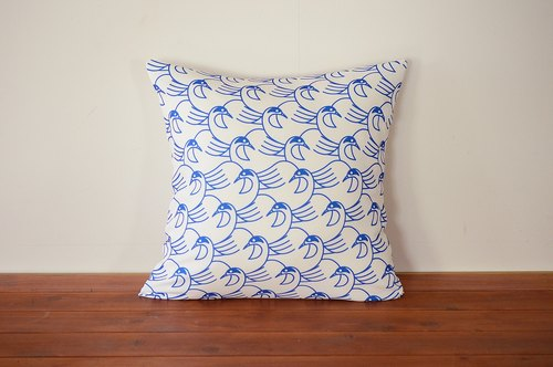 Cushion Cover Design Competition works No.25 Luckybird