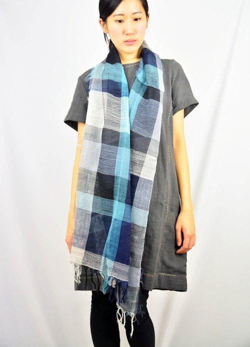 Classic checkered wool hand-woven scarves _ night ocean