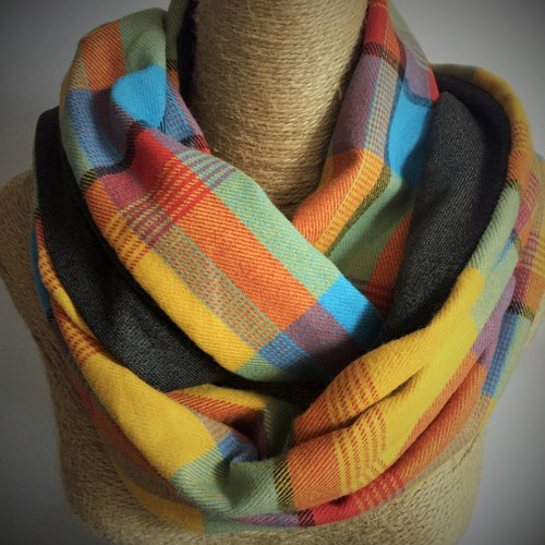 Double-sided cotton circle scarf / neck circumference Circle / Infinity Scarf (Neon multicolor plaid + dark coffee)