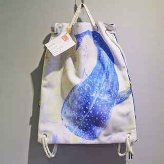 After the Star Whale Shark / beam port backpack thick pounds a portable canvas shoulder / illustrator:. Cat fish