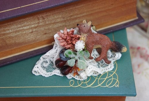 Alice Maiden✿ small forest fox fragrant dried plant lace hairpin / brooch dual purpose