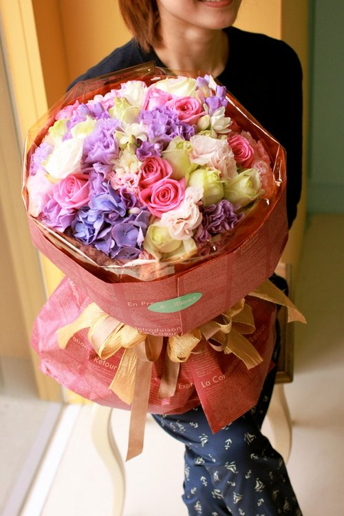"""H Flower Studio"" marry series -! Say Yes hand-tied bouquet"