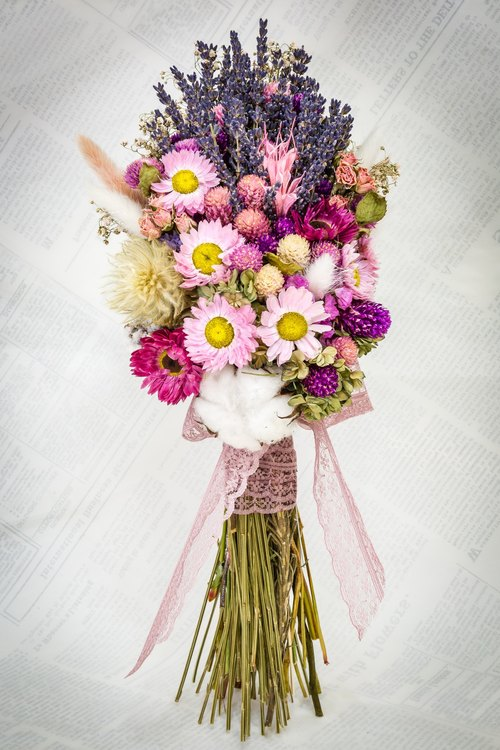 Kinki Darling children hand-made dried lavender bouquet purple color of the bride's bouquet wedding bouquet wedding outdoor photo photography of small objects arranged wedding buffet wedding flower girl pregnant photo props home decorations stars straw