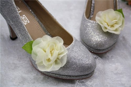Fairy temperament small roses decorated shoes, decorative shoes heeled dinner folder, bridal shoes Flower Shoes