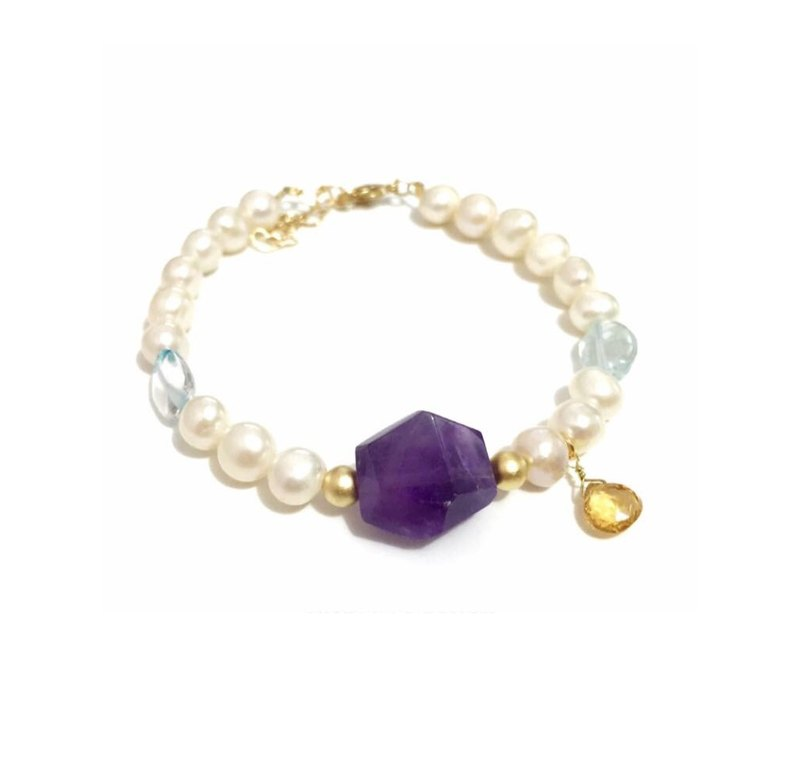 Little Amethyst with Pearl Bracelet