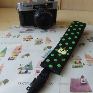 HiDots hand in hand cameras / Polaroid wrist strap (black green dot * frog)