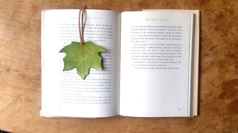 Leather Leather Cowhide - Traveler Maple Leaf Bookmark - Maple Leaf Green - Free Customized English Typing Service