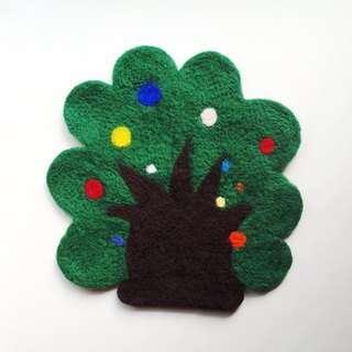 Mew in Wonderland ─ fruit tree wool felt insulation pads
