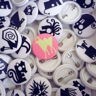 JokerMan- color Cute animal / English alphabet small badge -No.23 camel legs