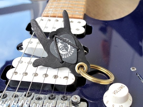 Personalized leather keychain.Guitar Pick Holder. Guitar Keychain Key ring Rock Leather Pick the spirit of rock in the endless heart calling
