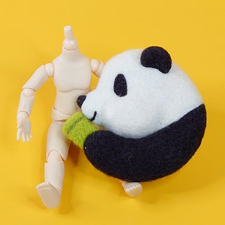 <Wool felt> Panda with Bamboo(L Size) - by WhizzzPace