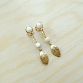 MOP Shell Beads Brass Shell Non-Pierced Slip-On Drop Earrings