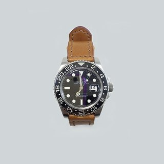 Hand-sewn Italian vegetable tanned leather strap