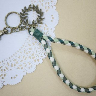 ~ M + Bear ~ vintage braided wire braided wax keychain key ring (four shares edge: the green line)