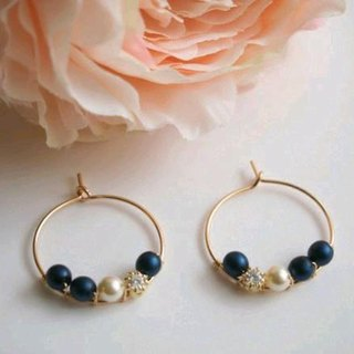 [14kgf] Swarovski Pearl Hoop Earrings Navy