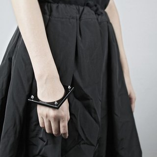 Rivet Cuff / rivet bracelet series (eight rivets)