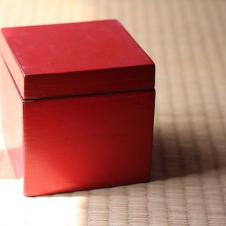 Japanese wooden box ▣ red
