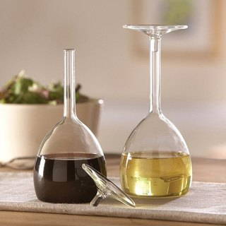 Jansen + co red wine - oil and vinegar bottles set