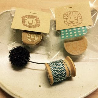 little lion eraser stamp*handmade*rubber stamp*handmade stamp*hand carved