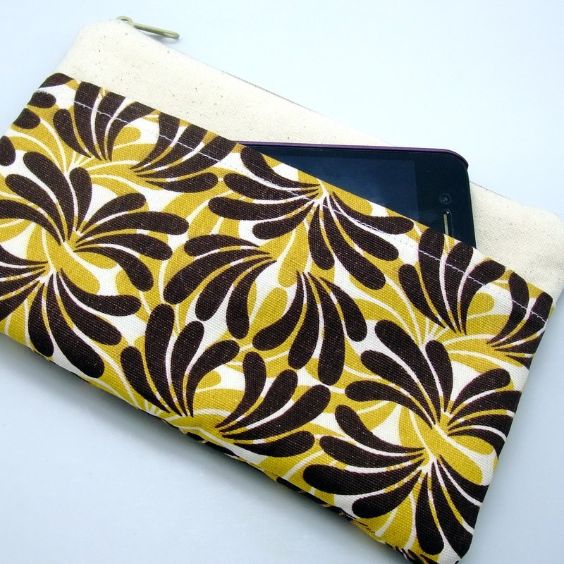 Large Zipper Pouch, Pencil Pouch, Gadget Bag, Cosmetic Bag, with a front pocket, Triangular pattern (ZL-23)