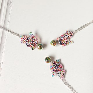 *Haku‧Neko*hand-painted mosaic cat colored glass ball necklace