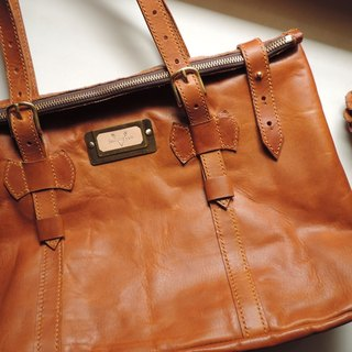 Pure hand-stitched brown vegetable tanned leather Crazy Horse portable generous package