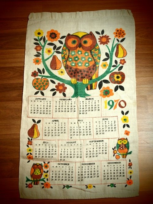 Early American calendar 1970 Fabric Owl