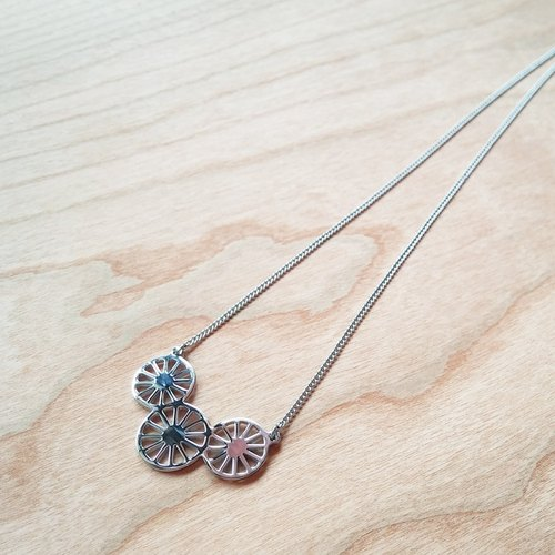 Trishaw inspired 3 wheels necklace