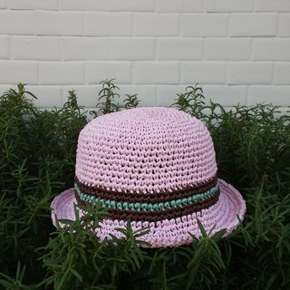 Child with straw hat - pink