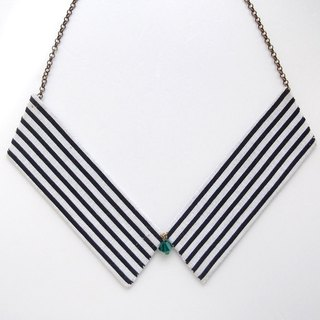 Collar Necklace| Black & White Stripes