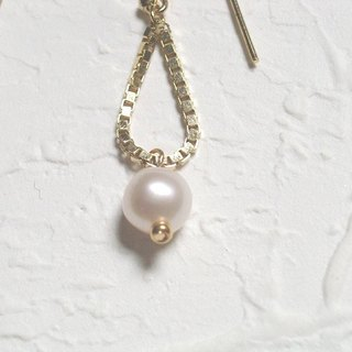 Personalized pearl earrings small shake