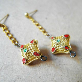 Time Travel【handmade earrings:Four Mountain Star】